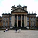 Het paleis van Blenheim is een voorbeeld van de Engelse Gotiek.