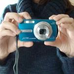 Alle fotoraadsels worden gemaakt met mijn trouwe compactcamera.