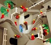 Lipson's Lego-kunstwerk 'Relativity'.