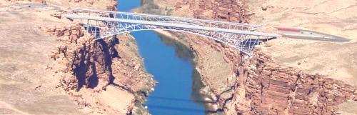 Zonder de kloof was er ook geen behoefte aan deze brug.