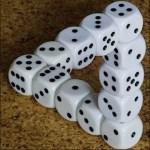 Een optische illusie met dobbelstenen.