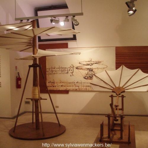 Tentoonstelling van Da Vinci's machines.