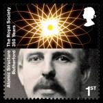Rutherford op een Britse postzegel uit 2010.